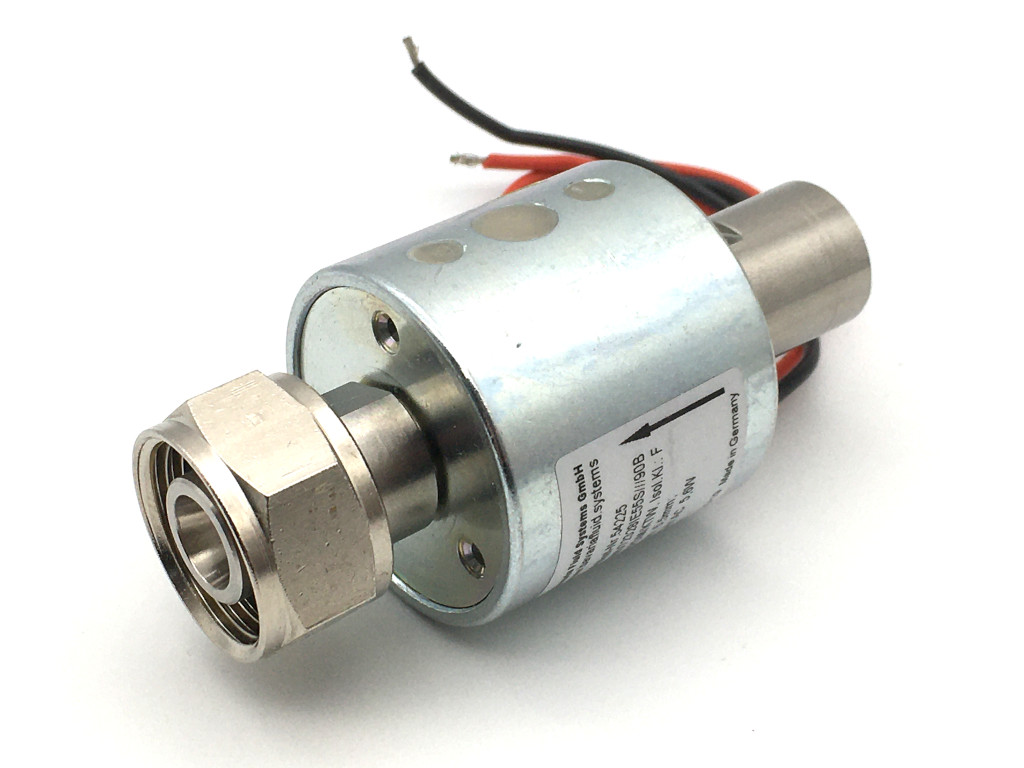 2/2-way-coaxial-beverage-solenoid valve BMV72328; stainless steel; flow-optimized with round coil for beer and carbonated drinks