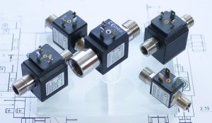Hygienically Clean: BFS inline solenoid valves in stainless steel: dead-space-free, self-cleaning, quick-switching, precise dosing